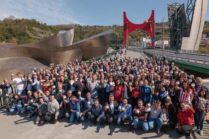 Gran éxito de la Jornada de Fomento del Consumo de Leche del sector lácteo vasco en Bilbao